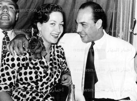 فريد شوقي واخيه التوأم صورة نادرة لتوأم الفنان فريد شوقي يشبه تماما