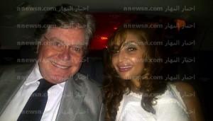 حسين فهمي مع زوجته 300x171 صور حسين فهمي مع زوجتة السعودية الجديدة
