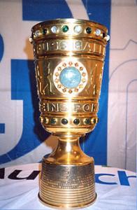 كأس المانيا 196x300 مباريات نصف نهائي كأس المانيا 2014 بايرن ميونخ امام كايزر سلاوترن وبروسيا دورتموند امام فولفسبورج