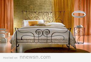 سرير حديد 300x205 غرف نوم بسرير حديد مشغول